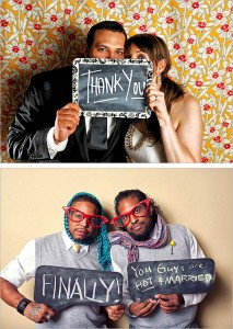 08-chalkboard-meesage-photo-booth-guest-book-ideas-002
